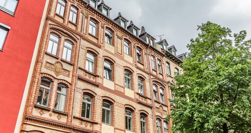 DEAL Magazin vom 21.09.2018: Paul & Partner vermittelt denkmalgeschütztes Zinshaus in Wiesbaden