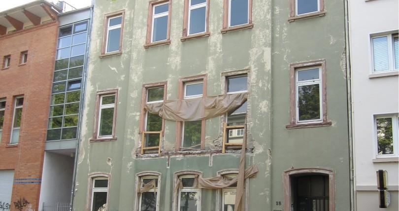 Deutscher Pressestern informiert: Globalverkauf in der City: Paul & Partner Real Estate vermittelt ehemaliges Polizeirevier in Wiesbaden