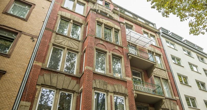Deutscher Pressestern: Stilvoller Altbau: Paul & Partner vermittelt Mehrfamilienhaus in der Mainzer Neustadt