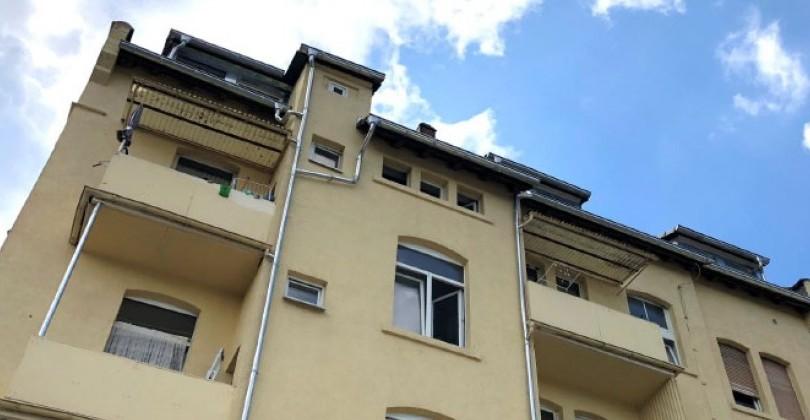 Solider Altbau mit reizvollem Flächenmix – Wohn- und Geschäftshaus in Wiesbaden mit Faktor 15,7